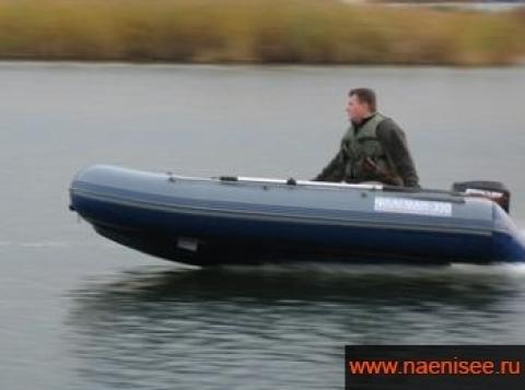 """Лодка """"Флагман-350"""""""